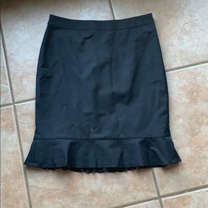 3/$30 Ann Taylor Black Ruffle Pencil Skirt 8P